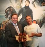 Markus Brandes stiftet Napoleon Pantoffel an das Konstanzer Museum